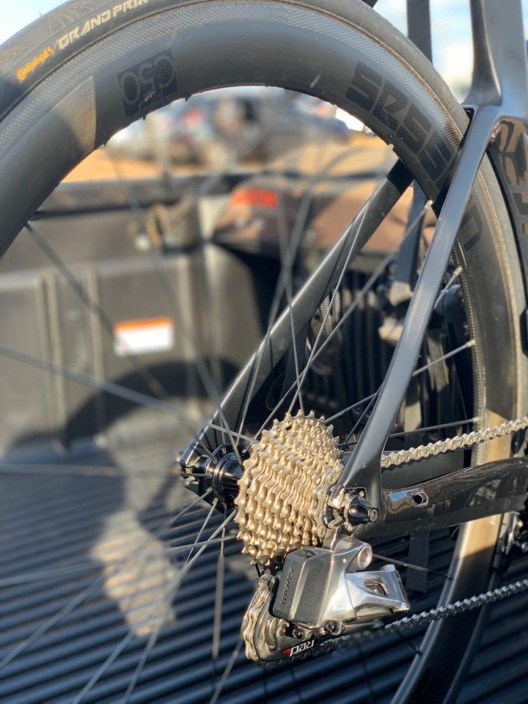 Como a roda de perfil alto (aerodinâmica) te deixam mais rápido